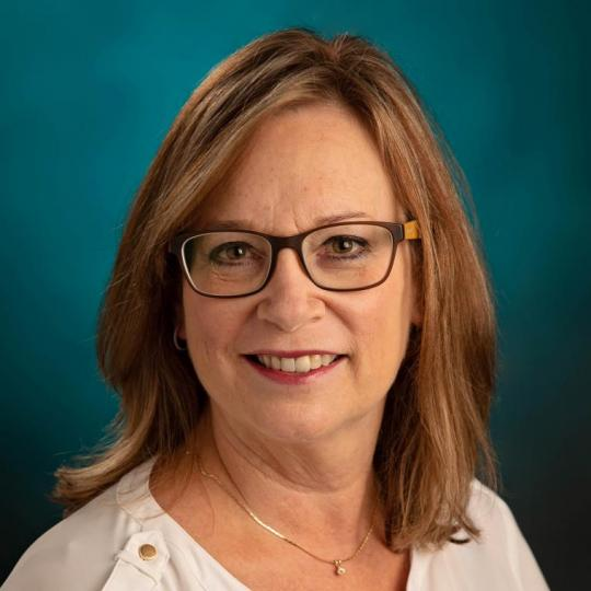 Julie Tennill
